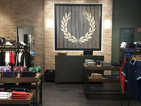 FRED PERRY AUTHENTIC STORE